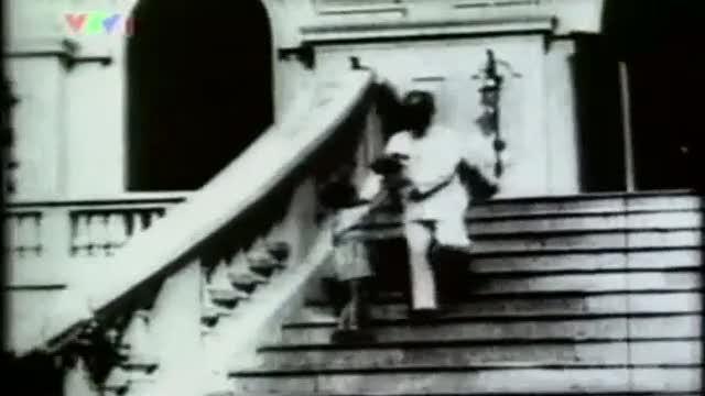 Tải nhạc hình hay Ai Yêu Bác Hồ Chí Minh Hơn Thiếu Niên Nhi Đồng (Hồ Chí Minh Cả Một Đời Vì Nước Vì Dân) hot nhất