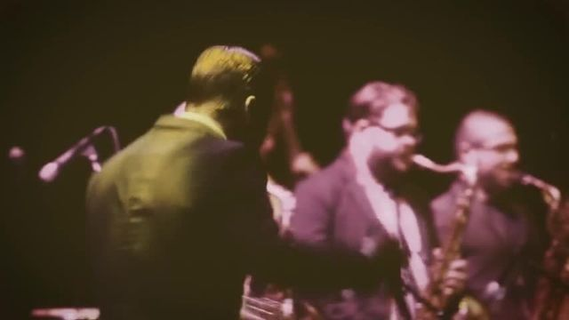 Fly Me To The Moon (Live) - Platina Jazz