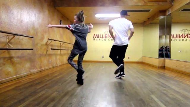 Tải nhạc hot All About That Bass - Meghan Trainor Dance chất lượng cao