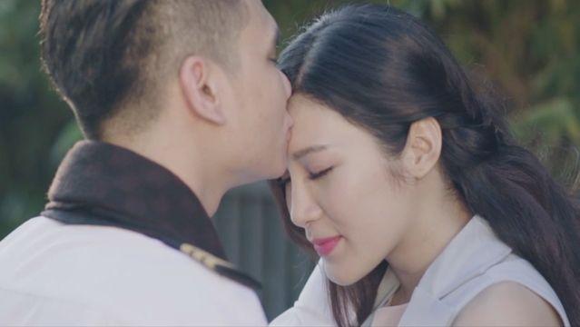 Tải nhạc Em Cứ Đi Đi - Khắc Việt