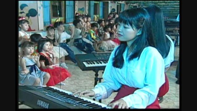 Xem video nhạc Trường Chúng Em Là Trường Mầm Non miễn phí