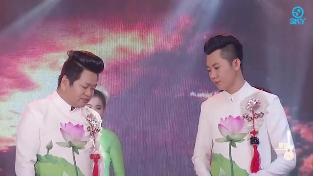 Tải nhạc Cát Bụi Cuộc Đời - Hoàng Sang, Hoàng Long Nhật