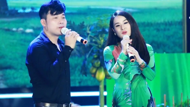 Xem MV Đường Về Hai Thôn - Khánh Bình, Ánh Linh