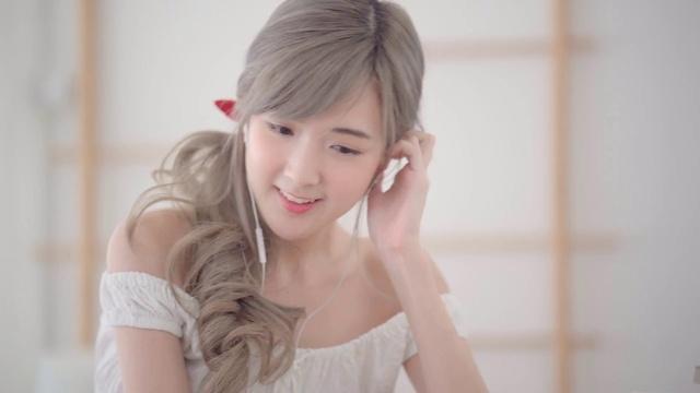 Nhạc Zing Con Gái Thái Lan Dễ Thương Quá hay nhất