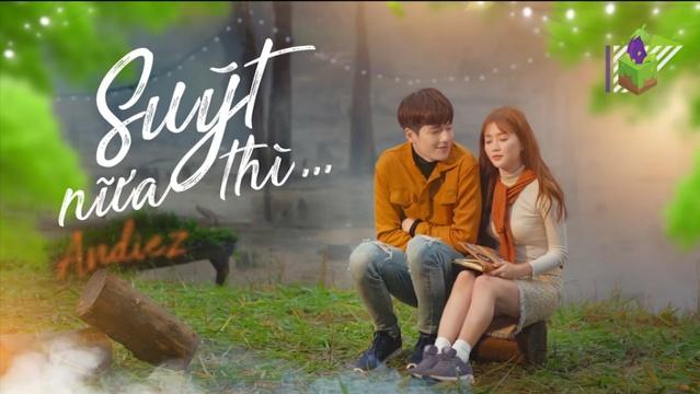 Download nhạc Suýt Nữa Thì (Chuyến Đi Của Thanh Xuân OST) (Karaoke) hot nhất