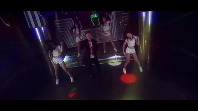 Tải nhạc hay Anh Cô Đơn Là Vì Em (Remix) hot nhất