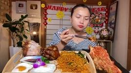 Tải Nhạc Ngon Rụng Nụ Với Set Mì Cay,Kim Chi,Trứng&Giò Heo Hầm - Cuộc Sống Ở Nhật #475 - Quynh Tran JP