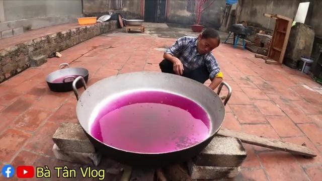 Xem MV Làm Mâm Mứt Khoai Lang Tím Siêu To Khổng Lồ Ăn Tết - Bà Tân Vlog