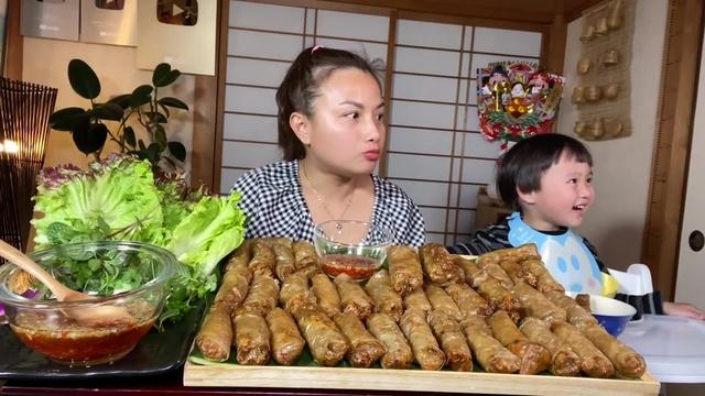 Ca nhạc Làm Mâm Chả Giò Tôm Cua Ngon Giòn Ngọt Thịt Để Lâu Vẫn Giòn - Cuộc Sống Ở Nhật #529 - Quynh Tran JP