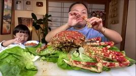 Tải Nhạc Chỉ Có 3 Triệu Mà Ăn Được Con Cua Nhện Siêu To Khổng Lồ Quá Xá Đã - Cuộc Sống Ở Nhật#550 - Quynh Tran JP