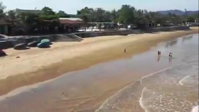 Xem MV HOÀNG MAI BẢN TÌNH CA - Quế Thương