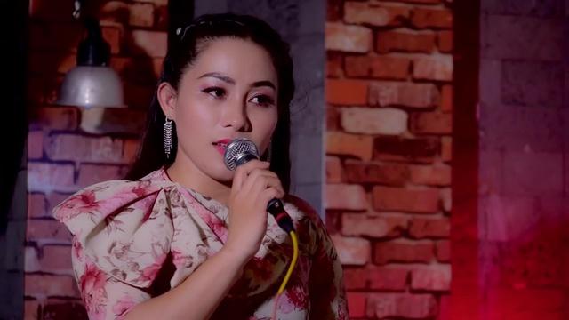 Xem MV Người Ngoài Phố - Nguyễn Lam Tuyền