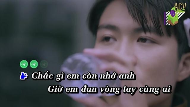Xem video nhạc hay Cứ Ngỡ Là Anh (Karaoke) hot nhất