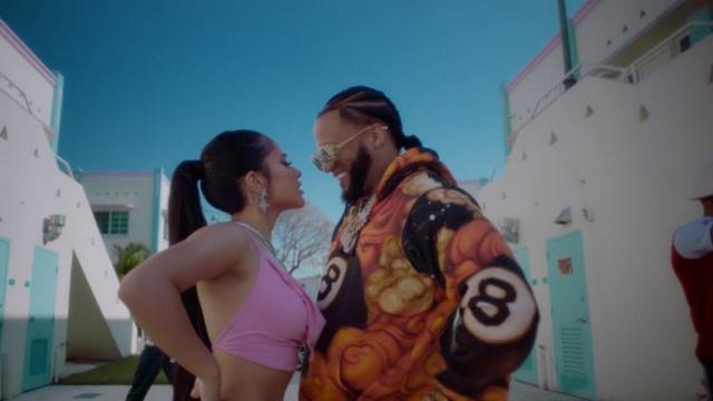Fulanito - Becky G, El Alfa | Video - Mp4