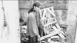 Tải Nhạc Logic Của Phụ Nữ Và Xử Trí Của Vua Lì Đòn - 1977 Vlog
