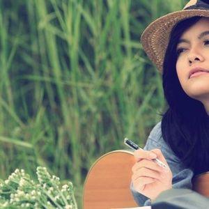 Nghe nhạc The Greatest Hits - Phạm Quỳnh Anh