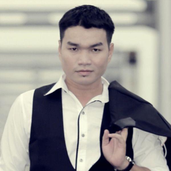 Tải nhạc Zing Phút Đầu Tiên trực tuyến miễn phí