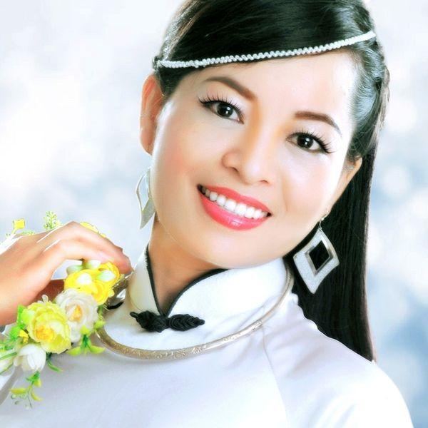 Download nhạc Mp3 Tình Lúa Duyên Trăng chất lượng cao