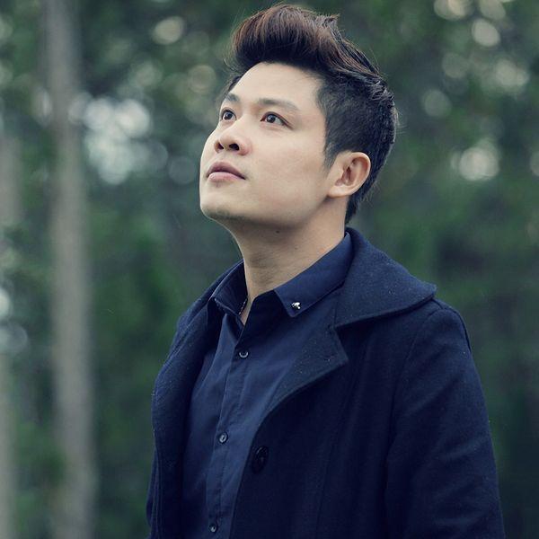 Tải nhạc hot Con Đường Mưa (Liveshow Nguyễn Văn Chung) về điện thoại