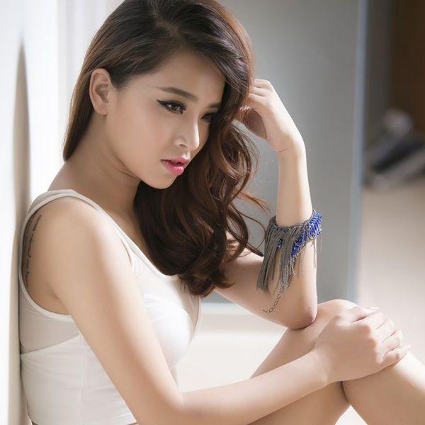 Tải nhạc Cảm Giác Bên Anh Remix Mp3
