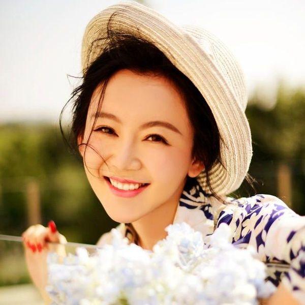 Download nhạc hay Bách Hoa Hương / 百花香 Remix miễn phí