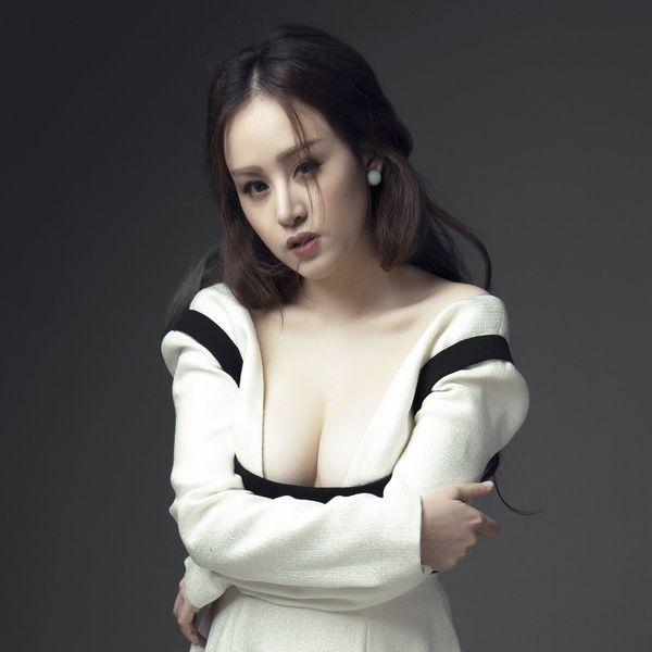 Bài hát This Love (Hậu Duệ Mặt Trời OST) (Vietnamese Version) hot nhất