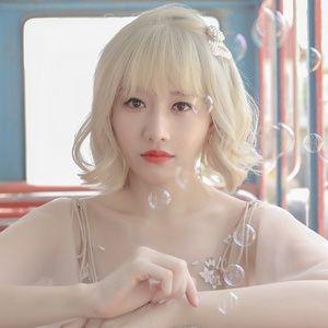 Nghe nhạc Hương Đêm Bay Xa (Tropical Mix) - Hari Won, DJ Minh Anh