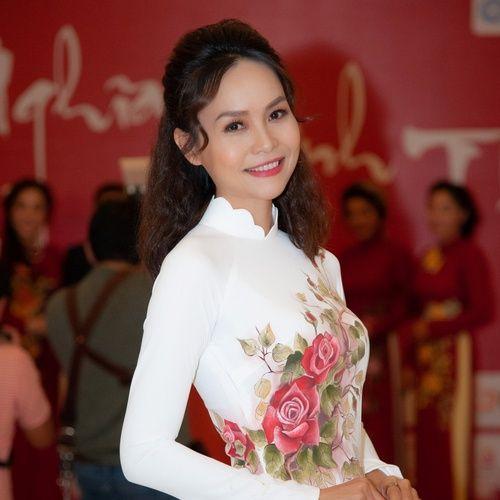 Bài hát Đêm Giao Thừa Nghe Một Khúc Dân Ca Mp3 về máy
